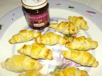 Croissants feuilletés au magret de canard et au confit de figue2