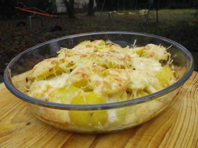 Gratin de pommes de terre au jambon cru et au gorgonzola.jpg