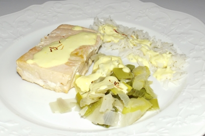 Saumon sauce safranée et sa fondue de poireaux 2