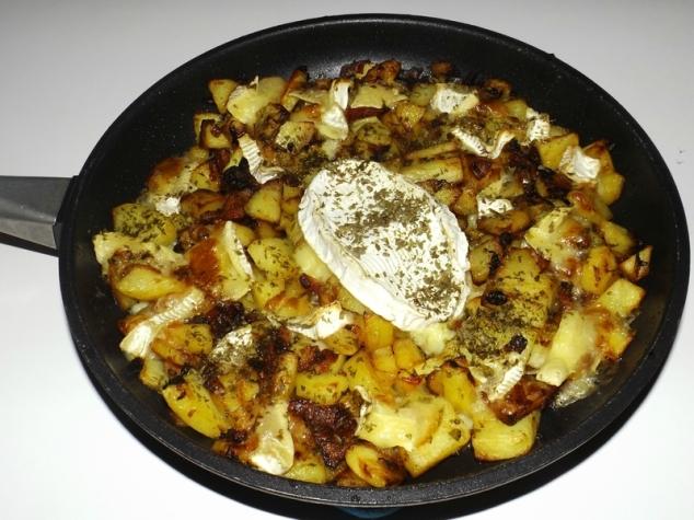 Gratin de pommes de terre, lardons et brie2