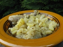 tajine de poulet, pommes de terre et chou vert3